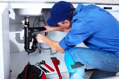 4 conseils pour trouver le plombier idéal