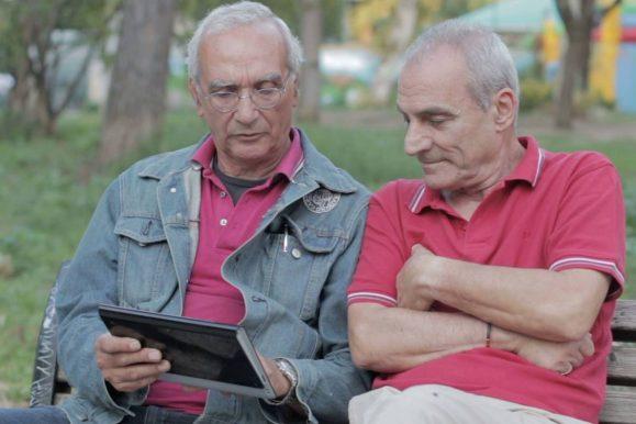 En Bretagne, les seniors passent au digital