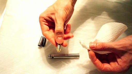 démonter une cigarette électronique